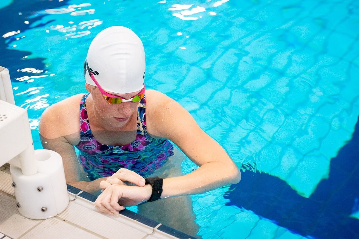 Sporthorloge zwemmen